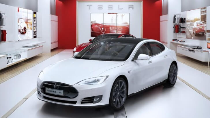 Showroom și service Tesla România