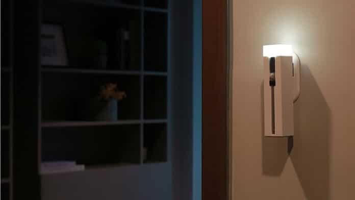 Lanterna multifunctionala – lampa de perete